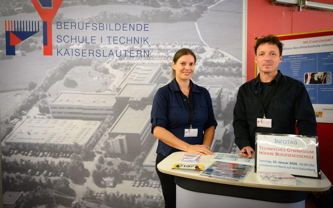 BBS I Technik präsentiert sich auf der Ausbildungsbörse Kaiserslautern