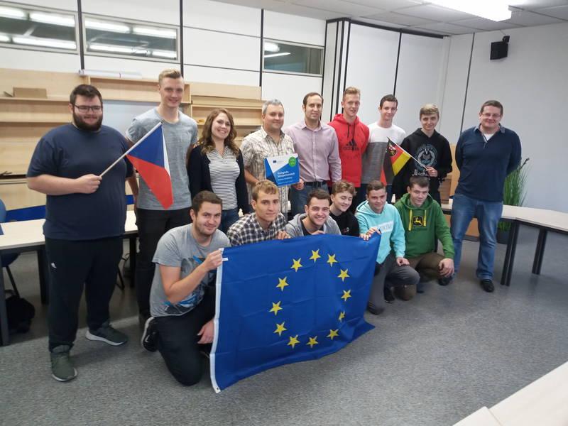 Europa bewegt sich: Tschechische Schule zu Besuch an der BBS I Technik Kaiserslautern