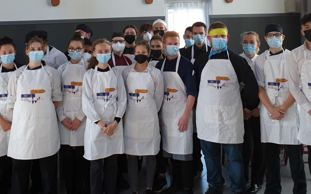 Mit Mut und Maske – ein gelungenes deutsch-französisches Schülerprojekt